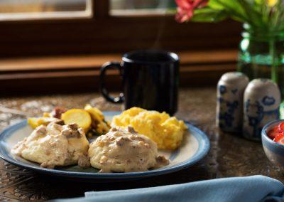 biscuits-gravy