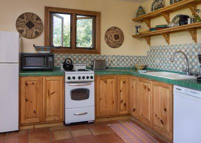 mountain-view-suite-kitchen
