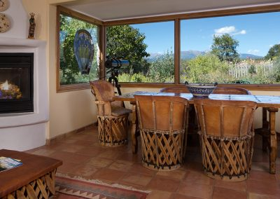 mountain-view-suite-living-view